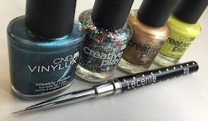 vinylux and creative play from cnd plus the lecente D3 Brush