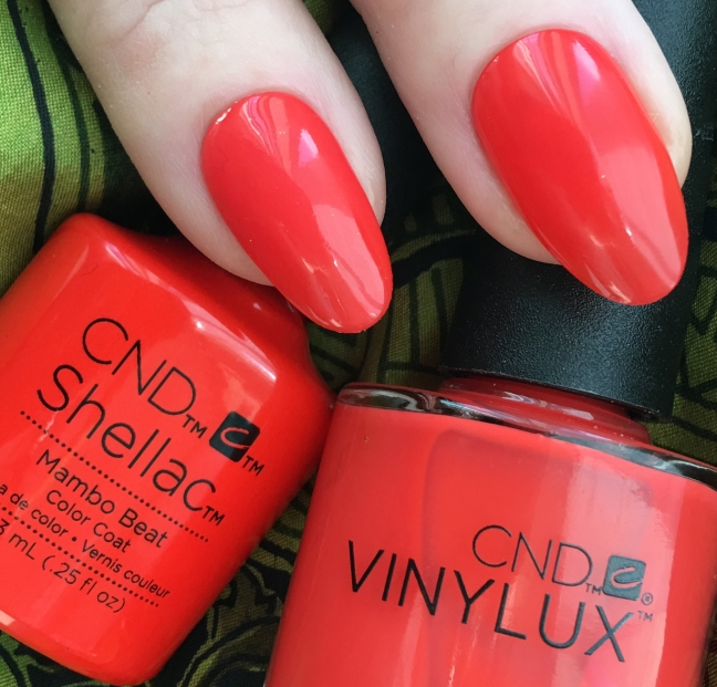 CND™ Rhythm & Heat Collection – SHELLAC™ & VINYLUX™ – Fee