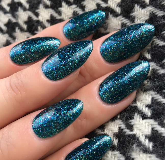 Shellac shimmering Shores over CND liquid and powder acrylic nails by fee wallace